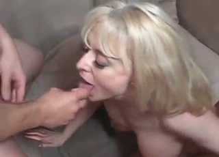 Excited blonde shows her oral skills