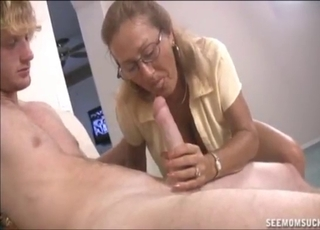 Nerdy toned mom and a young hard boner