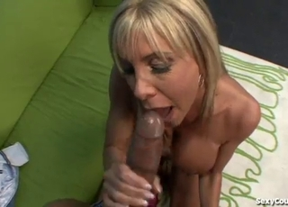 Blonde wants his sperm right now