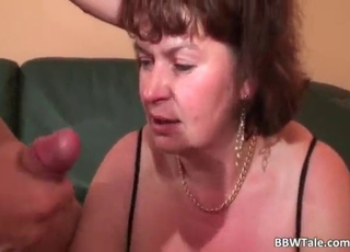 Double penetration with a horny mature